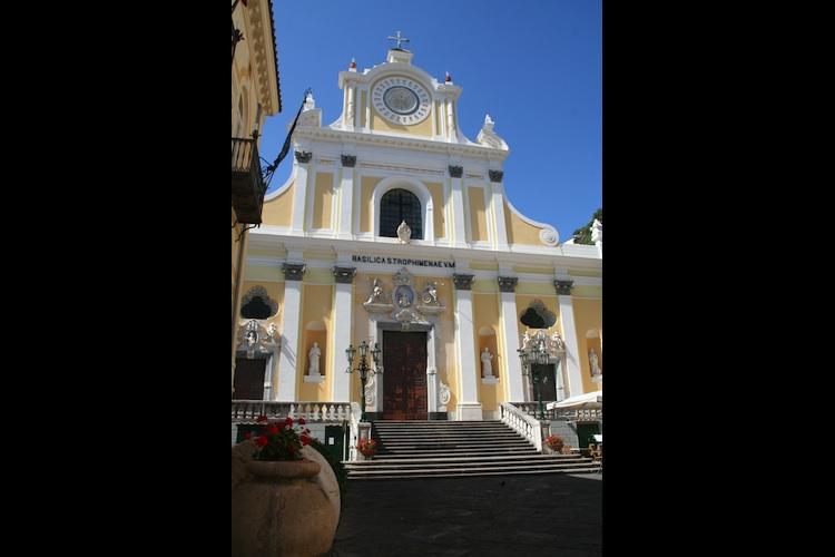 イタリア アマルフィ トロフィメナ教会1