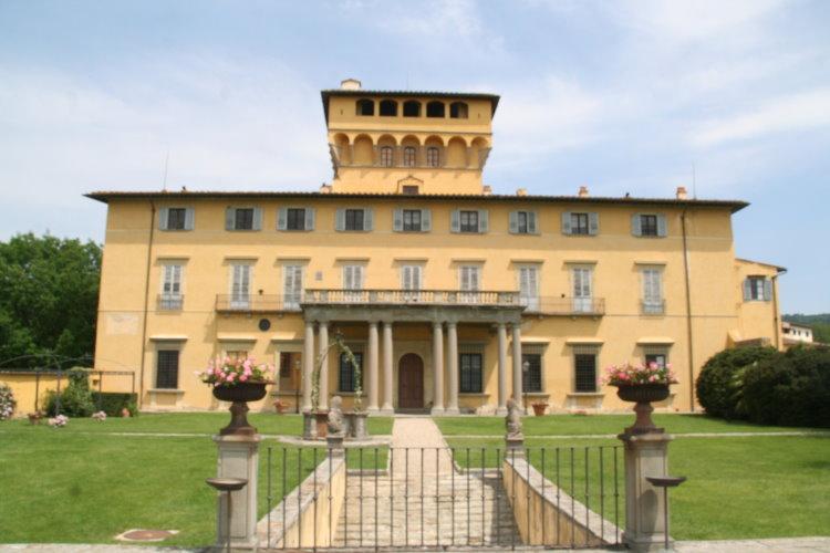 イタリア フィレンツェ マリアルイザ教会2