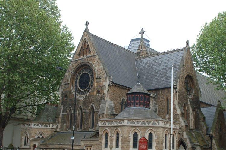 セント・スティーブンス教会 画像1