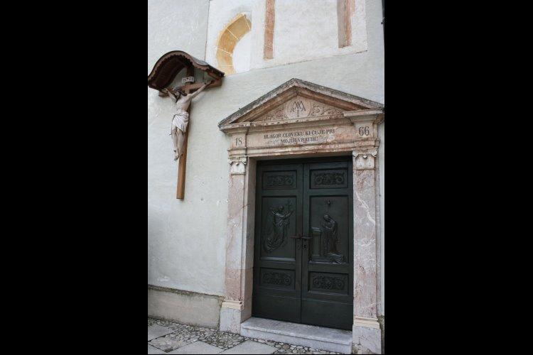 セント・メアリー教会 画像5